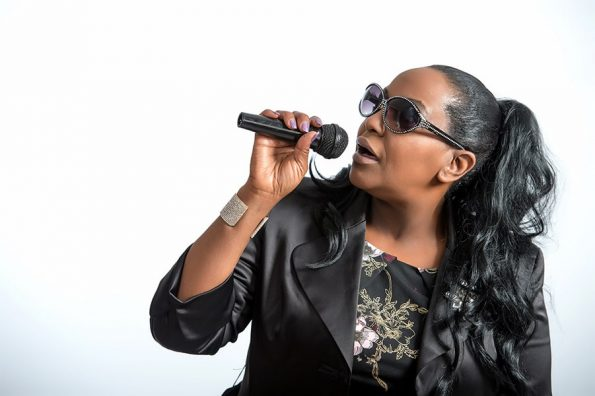 Angie Brown (15)-min