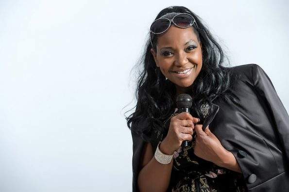 Angie Brown (16)-min