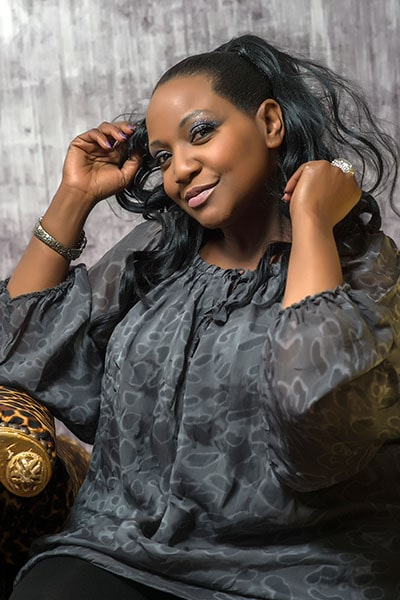 Angie Brown (19)-min