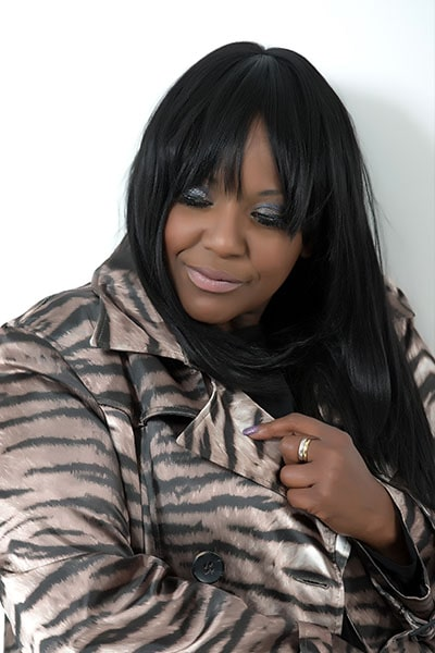 Angie Brown (24)-min