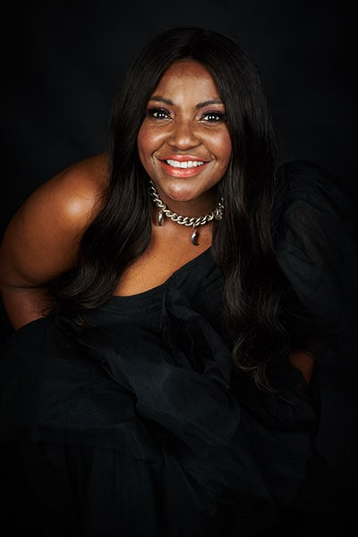Angie Brown (8)-min