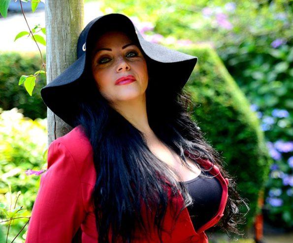 Amy Victoria (2)-min