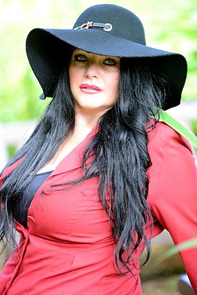 Amy Victoria (3)-min