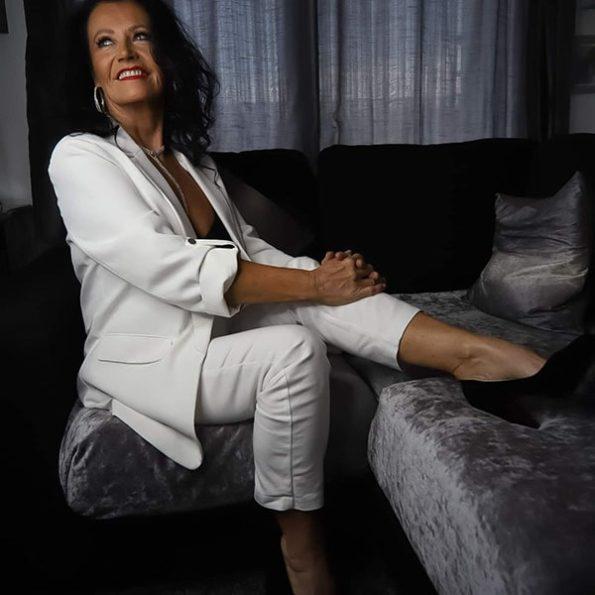 Angela Sykes (10)-min