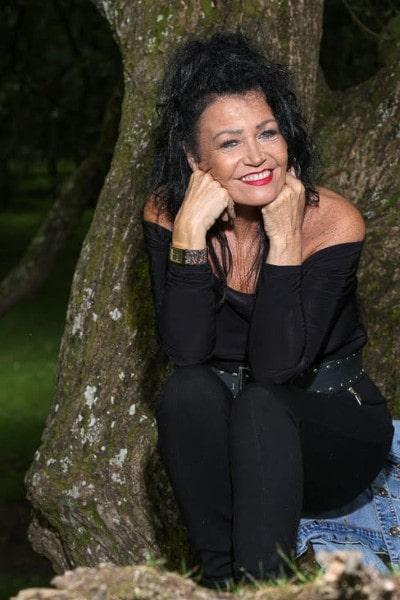 Angela Sykes (4)-min
