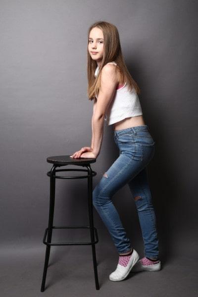 Denisa (1)-min