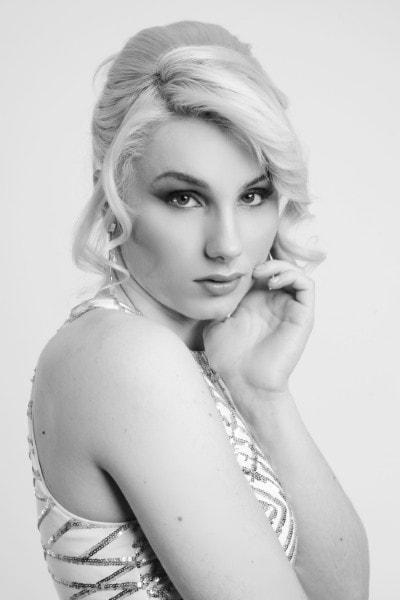 Hannah Roper (4)-min