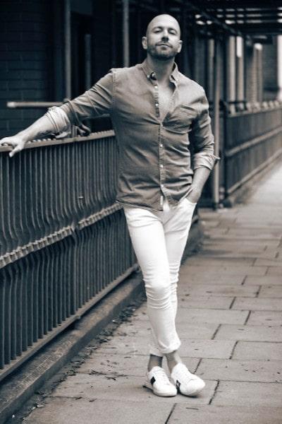 Robin Warren (4)-min