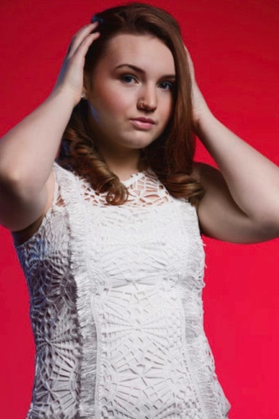 Halle Brooke (25)