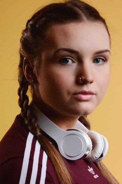 Halle Brooke (6)