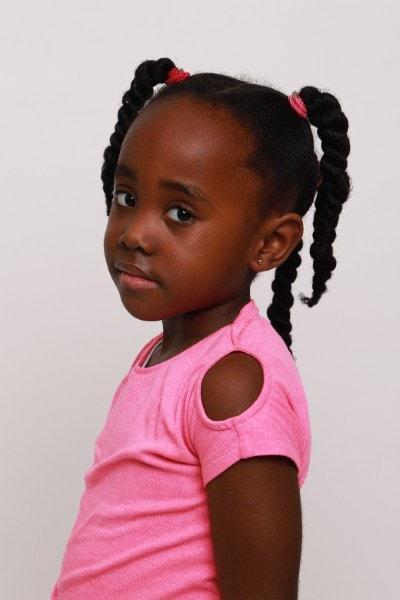 Zoe-Kelsey (1)