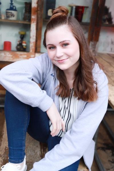 Amber-Regan Saunders (7)