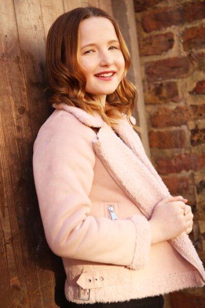 Caitlin Mollie image (22)