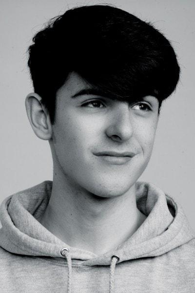 Cameron Jones (3)