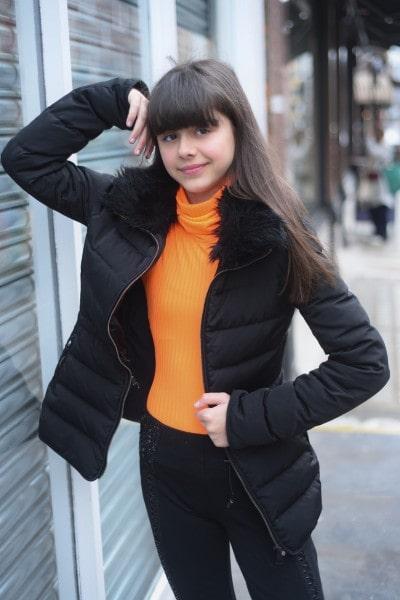 Irna Bahrami (4)