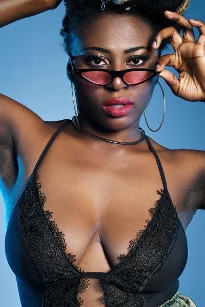 Sandraa Adoley (26)
