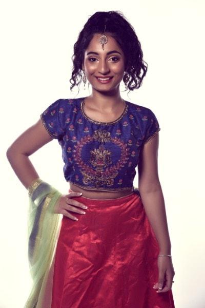 Anushka (12)