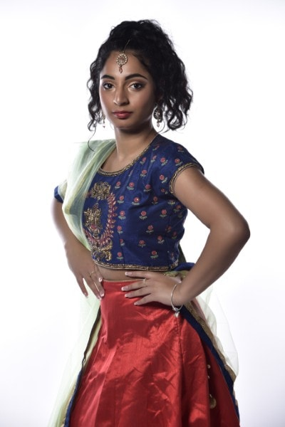 Anushka (14)