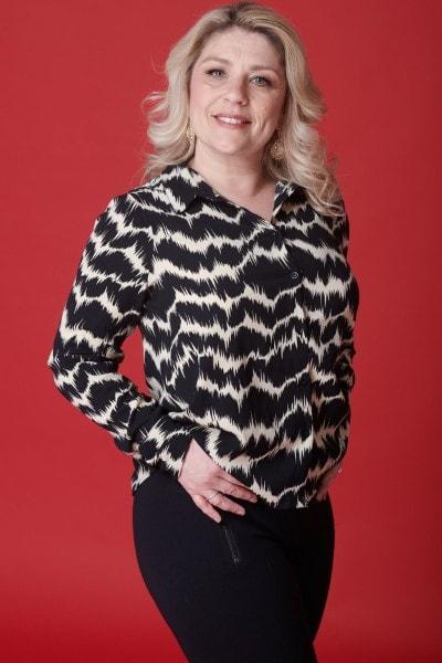 Paula Colbourne (27)