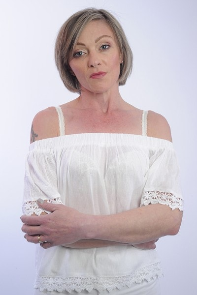 Louise Hull (2)