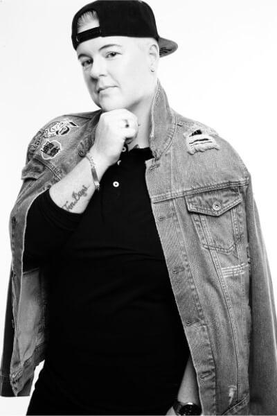 Vicky Bryant (9)