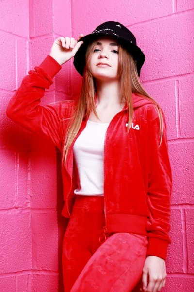 Alessia Z (21)