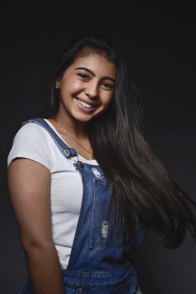 Yasmin Oliveira image (13)