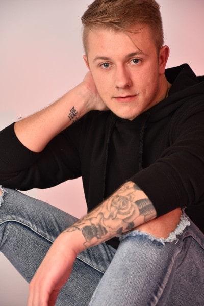 Josh Cowlard (9)