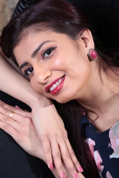 Vaishali Parmar (22)
