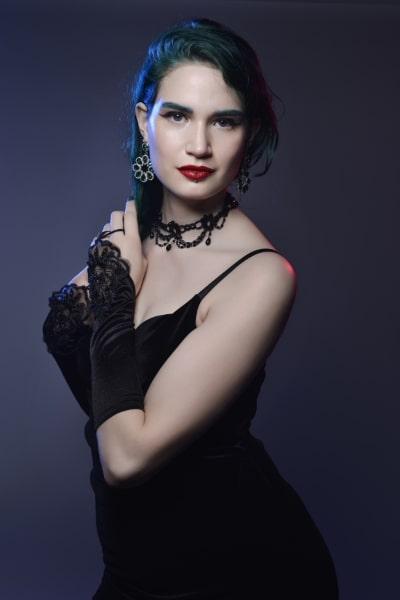 Angela Shaw (12)